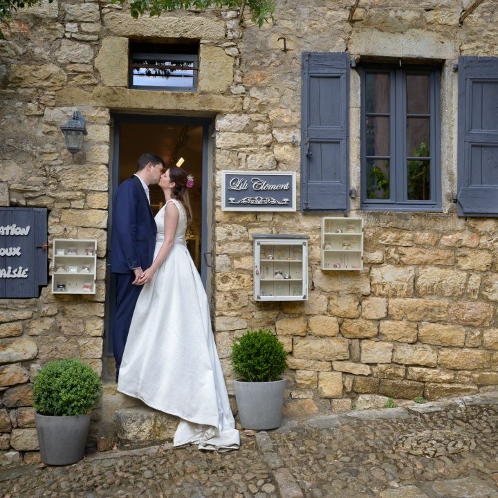 "Ana & Emmanuel – French wedding with Romanian ""spices"""